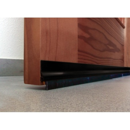 Burlete Bajo Puerta 092Cm Adhesivo Cepillo Aluminio Negro Burcasa