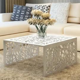 Mesa de centro con diseño calado geométrico aluminio plateada