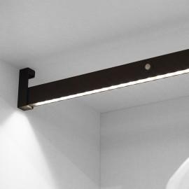 Barra para armario con luz LED, regulable 558-708 mm, batería extraible, sensor de movimiento, Luz Blanca natural, Aluminio, An